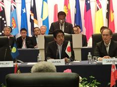 安倍首相と太平洋島嶼国16か国との首脳会談